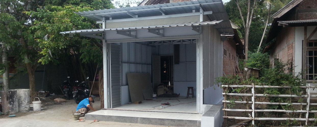 Pembangunan Kios untuk Depo Air Tenggong Plumpungrejo Kademangan